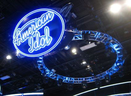 american idol logo 2009. Very large American Idol logo.