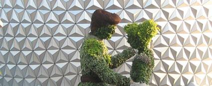 Cinderella Topiary - 2009 EPCOT Flower & Garden Festival