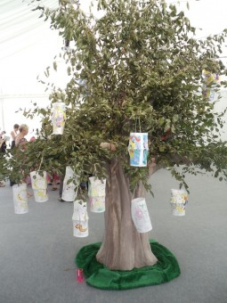 Children were invited to decorate lanterns and hang them from the tree.