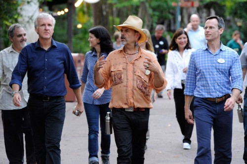Joe Rohde walks with James Cameron and Tom Staggs (among others)
