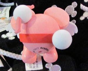 Great new 'cupid' themed Mickey Mouse Antenna ball for Valentine's day. Here's the front