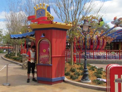 Dumbo The Flying Elephant - Storybook Circus