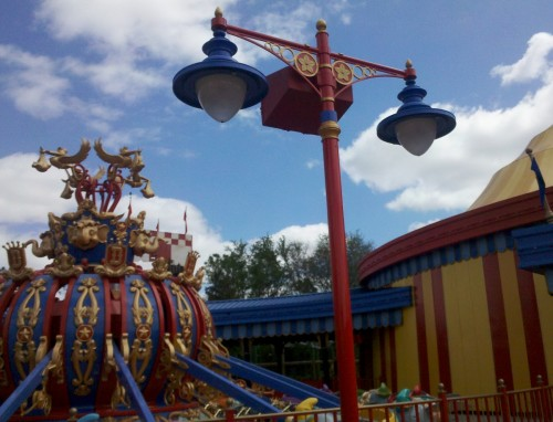 Dumbo The Flying Elephant - Storybook Circus