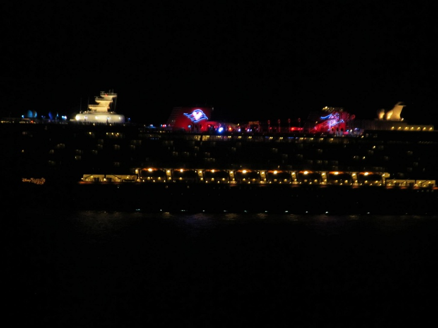 disney-fantasy-at-night-from-dream-900