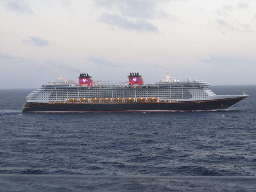 disney-fantasy-at-sea-from-dream-900