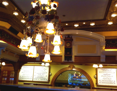 jolly-holiday-inside-disneyland