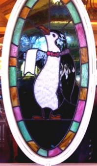 penguin-disneyland-jolly-holiday
