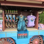 01-merida-merch-cart-1