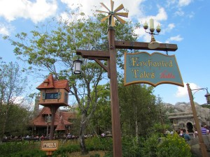 I haven't yet seen Enchanted Tales with Belle, but I love the attraction sign