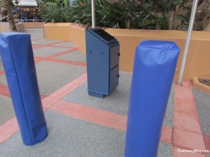 A closer look at the Fastpass Plus station