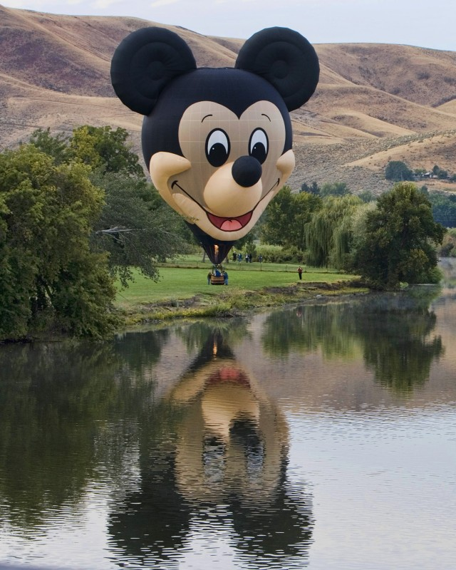 Mickey Mouse Hot Air Balloon