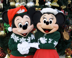 Mickey and Minnie Holiday DL_9176