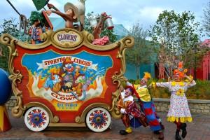 storybook-circus-clowns-1