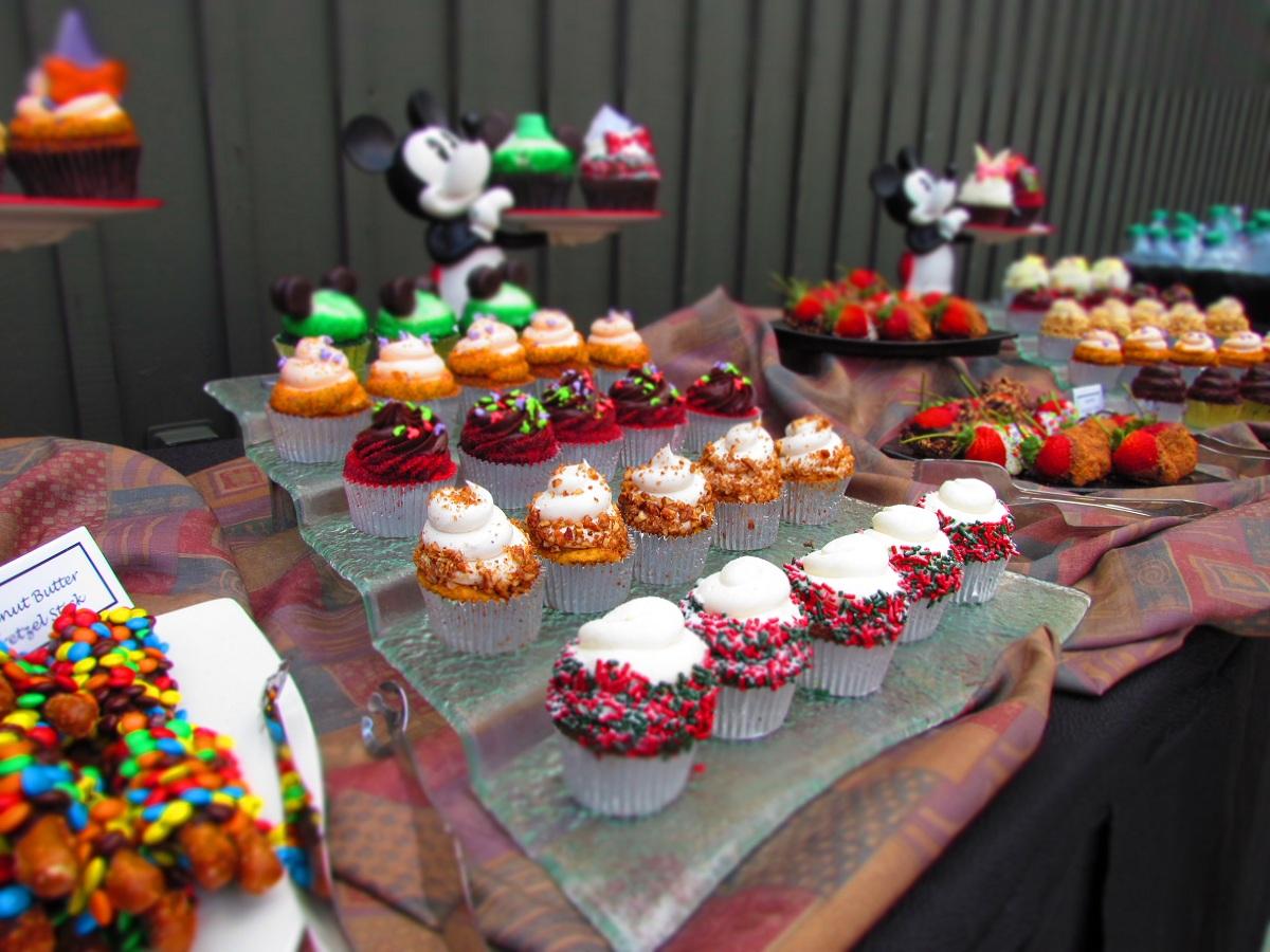 wdw-cupcake-art-2