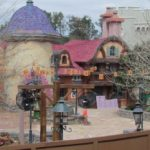 tangled-restrooms-0303-4