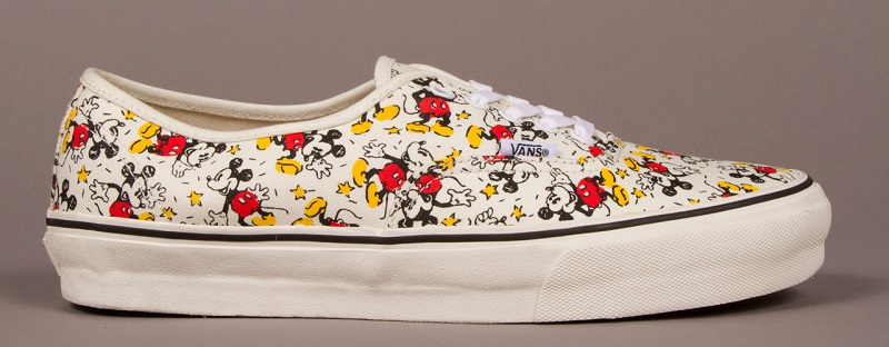 Vault-by-Vans-x-Disney_OG-Authentic-LX_Mickey_Classic