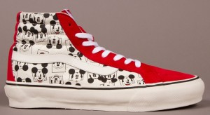 Vault-by-Vans-x-Disney_OG-Sk8-Hi-LX_Mickey-Square