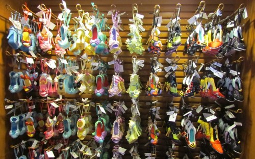 shoes-ornaments-1