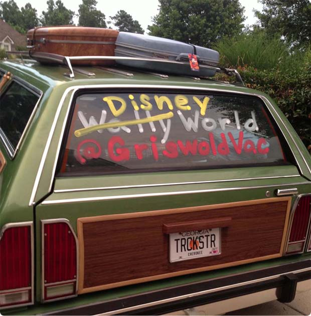 griswold-disney-vacation-follow-us