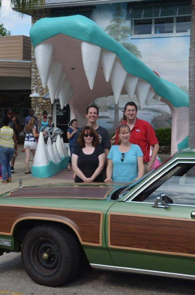 griswold-disney-vacation-truckster (1)