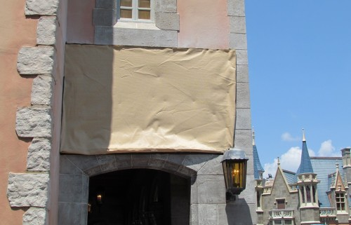 A number of small repairs are ongoing around the park. Here's a bit of wall being replaced in Fantasyland
