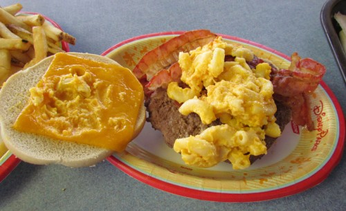 mac-cheese-burger-3