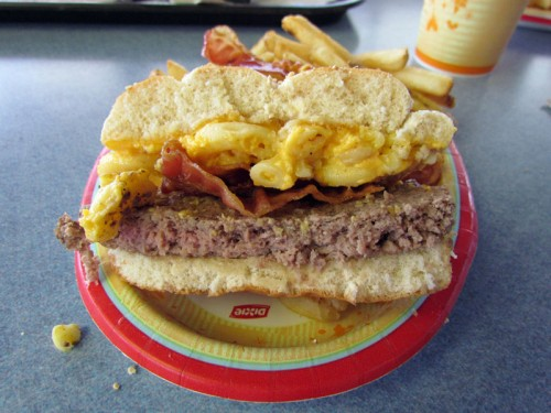 mac-cheese-burger-4