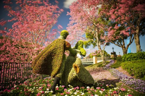flower-and-garden-topiary-med