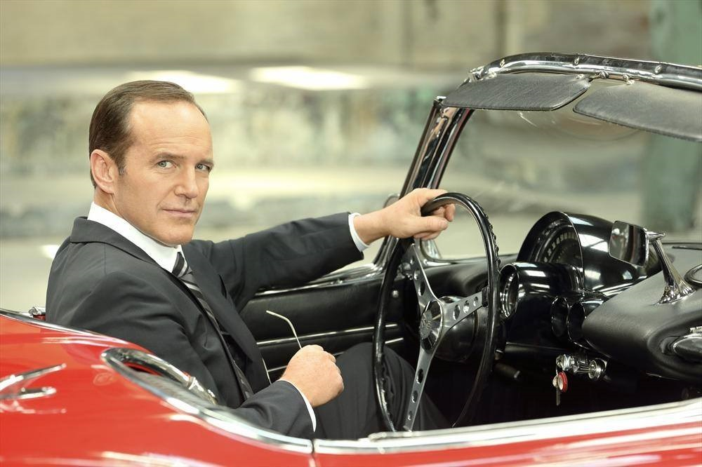 agents-of-shield-coulson-marvel-lola