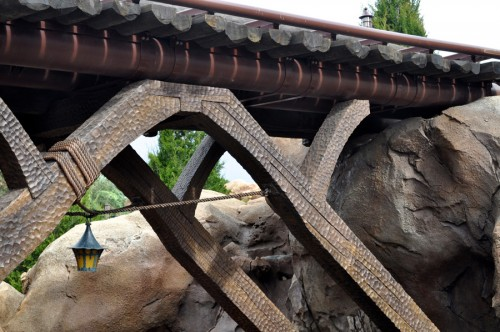 bridge-1-seven-dwarfs-mine-train