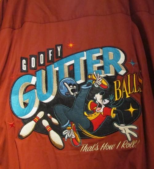 01-goofy-bowling-back