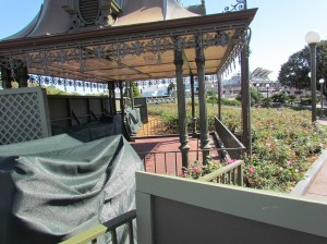 But this one is gone. I hope they find a use for these shelters. They're very pretty. Perhaps at Port Orleans as Bus Shelters?