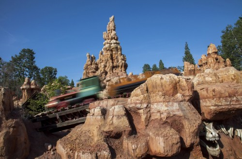 big-thunder-mountain-disneyland