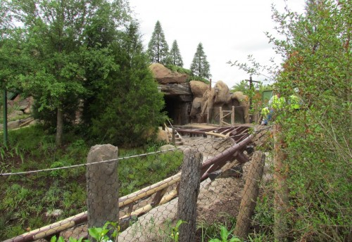 03-seven-dwarfs-mine-train-tunnel-1