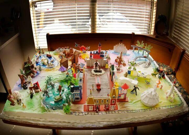 Massive Home Made Disneyland Cake The Disney Blog
