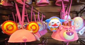 04-holiday-ears-ornaments-disney-parks2