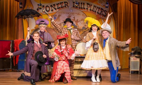 Hoop-Dee-Doo Musical Revue Celebrates 40 Years of Food, Fun at DisneyÕs Fort Wilderness Resort & Campground