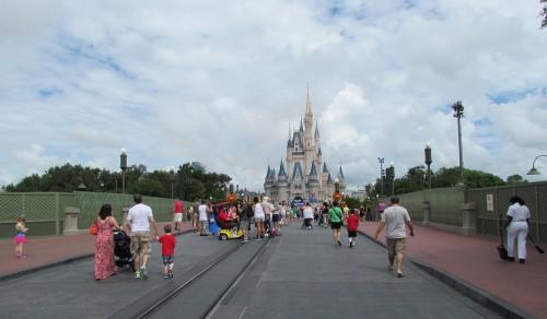03-plaza-hub-castle-1