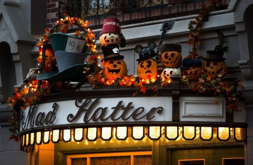 mat-hatter-halloween-med