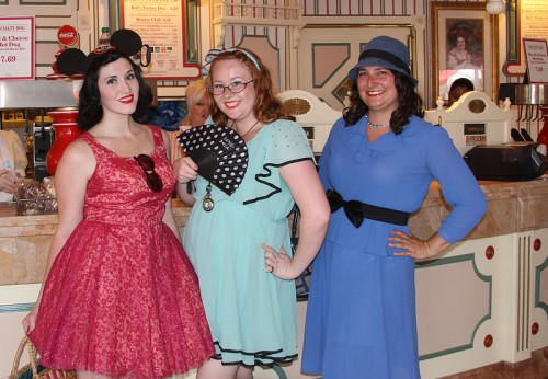 myrna-litt-2013-dapper-day-disneyland