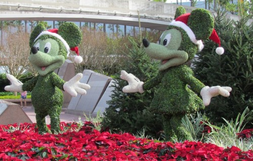 03-holidays-epcot-mickey