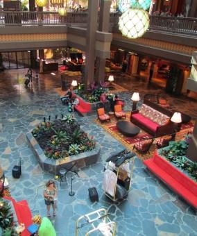 01-polynesian-lobby-2