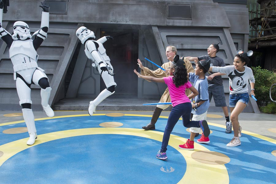 The cast of 'black-ish' practices their Jedi skills