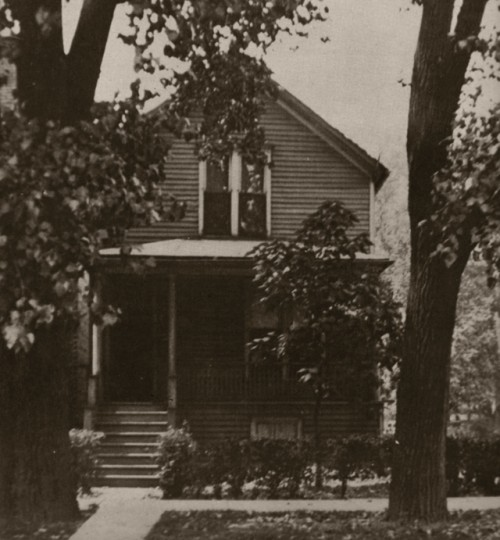 Walt's birthplace circa 1920.