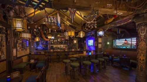 04-trader-sams-grog-grotto-interior
