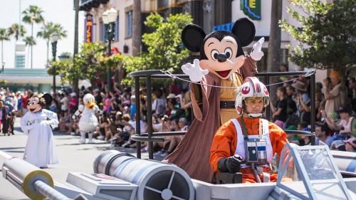 Legends of the Force: Star Wars Celebrity Motorcade during Star WarsÊWeekends at Disney's Hollywood Studios