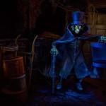 hatbox-ghost-disneyland-1