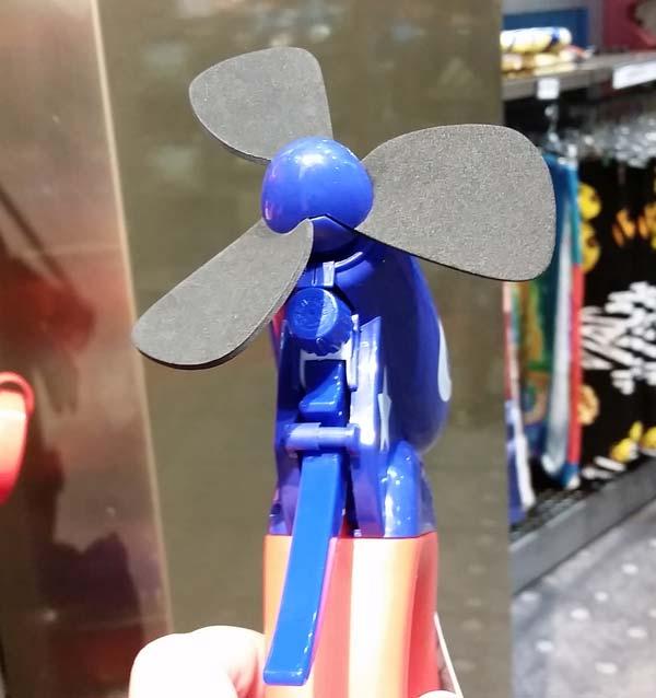mickey-misting-fan-2