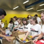 Back-to-School-Drive-2015-voluntears