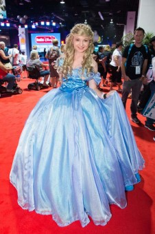 d23-expo-cosplay-dindy-1
